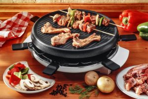 How to Clean Weber Porcelain Grill Grates: A Useful Guide