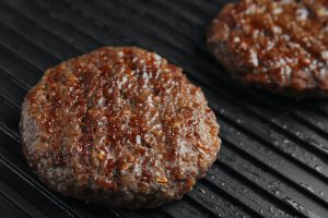 How to Use a Grill Press for Hamburgers: Secrets to Making Great Patties