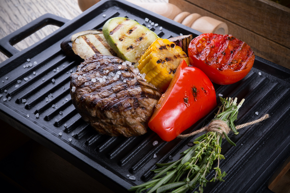 how to cook steak indoors without smoke